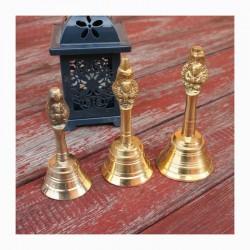 Zvoneček střední