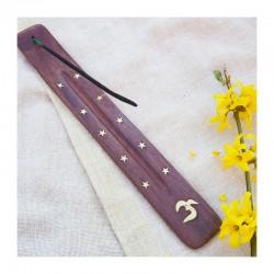 Dřevěný stojánek na tyčinky